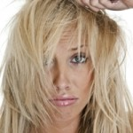 Как правильно ухаживать за сухими и жирными волосами?